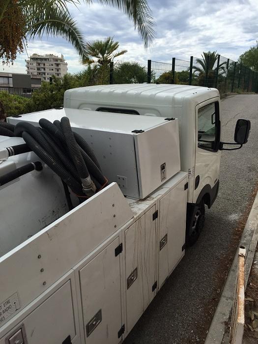 camion pompe vidange fosse toutes eaux